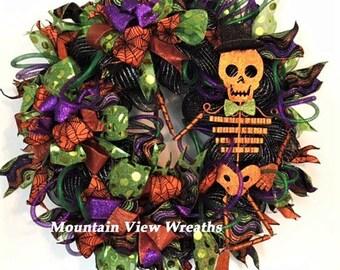 Halloween Wreath, Skeleton Wreath, Halloween Decor, Orange & Black Wreath, Scary Wreath, Front Door Wreath,