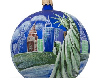 "4"" Statue of Liberty Skyline, New York Glass Ball Christmas Ornament"