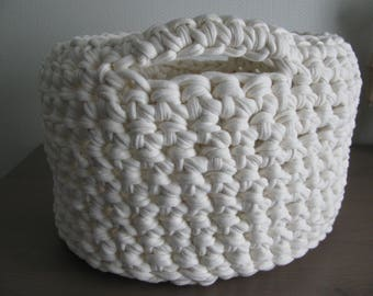 basket, basket arrangement makes ecru hand crocheted with recycled fabric traphilo thread