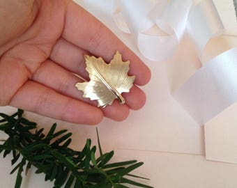 Leaf Brooch - Leaf Pin - Gold Leaf Pin - Gold Leaf Brooch - Maple Leaf - Brooch - Nature Brooch - Gold Brooch - Leaves - Leaf Jewelry - Gift