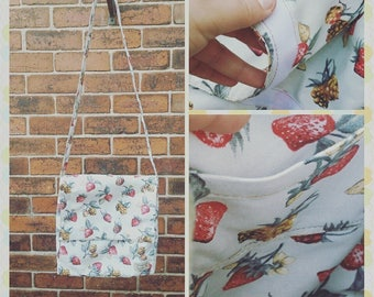 Strawberry print messanger bag