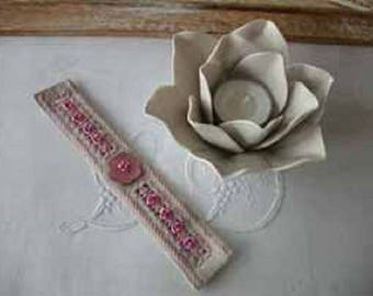 Bracelet with small pink roses - embroidery hardanger - T016-01 kit