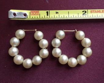 Synthetic Pearl Loop Earrings