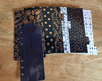 Dark blue and rose gold planner dividers. Divider set comes with a dashboard, 6 tabbed dividers and a pagemarker. Planner inserts.