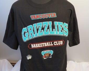 Vancouver Grizzlies Shirt (VTG) - Type Set Script Graphic - Men's Extra Large