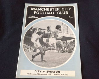Manchester City v Everton Wednesday 16th August 1972 football Programme