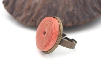 """Ring """"33"""" garance paper cloth and brass bead"""