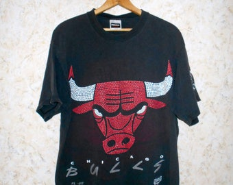 Vintage 90s Chicago Bulls Basketball Black Tee T Shirt Signatures On Sleeve NBA 1993 Bulls Shirt Tultex Cotton Retro Hip Hop Mens XL XLarge