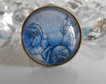 """Blue rose"" ring bronze cabochon glass"