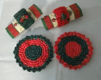 Duo of Christmas coasters and napkin rings in the traditional colors, hand crocheted, recycled