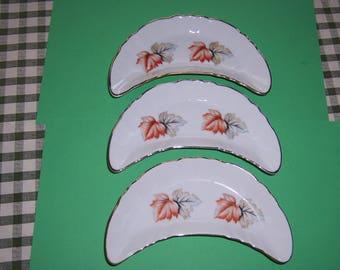 Vintage 1940's Bone Plates, Chadwick Bone Plate, Autumn Leaves, Snack Plate