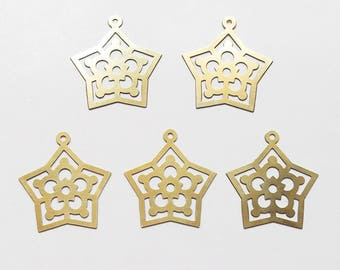 5 gold tone 22mm star charms pendants