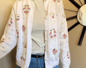 Grandma cardigan embroidered floral