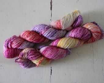 Hand dyed Single Ply 100% sw Merino - 100g/366m - Skinny Singles - Peachy