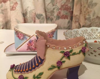 Decorative Resin Shoe with Rhinestones