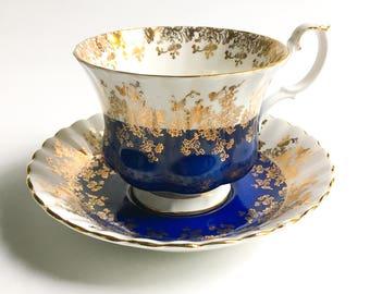Royal Albert tea cup, Royal Albert Regal series, Fine bone China teacup, Vintage teacup, English teacup, Teacup and saucer