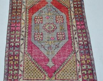 Turkish Rug,Oushak Rug,Beatifull Colors Combination Retro Rug,Vivid Bold Colors Chic Rug,Decorative Throw Rug,2'9''x4'3''ft/83x130 cm