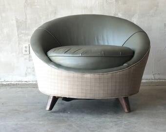 Round mid century chair