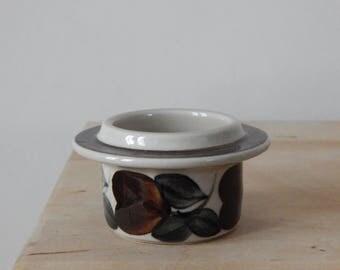 Arabia of Finland Ruija Egg Cup Designed by Raija Uosikkinen Stoneware Troubador  1970s