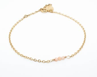Bracelet Romy plaqué or pierres fines rose.