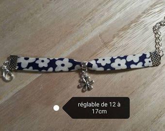 Purple charm on silver ring flower charm bracelet
