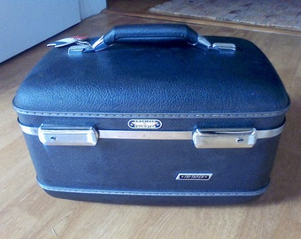 Train case, suitcase ,old luggage, overnite case, makeup case with tray,American tourister, Dark Gtay, color