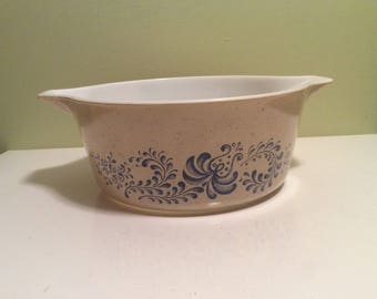Vintage Pyrex Homestead Speckled Tan Brown and Blue Casserole 2.5 475-B Baking Dish Bowl with Handles Pour Spouts