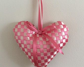 Lavender Scented Woven Ribbon Heart - Pink/Cream