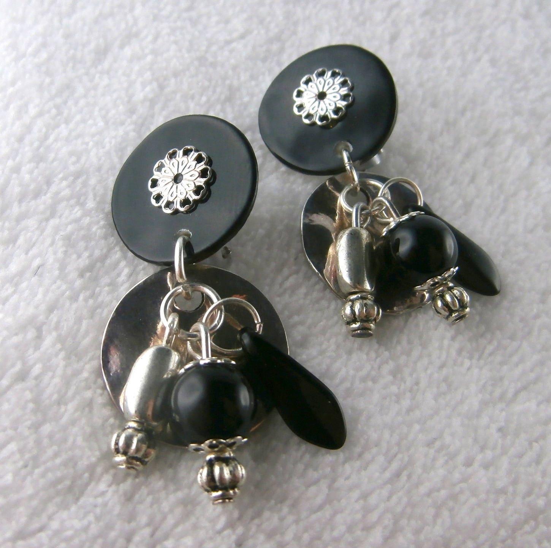 boucle d 39 oreille clip noir dinard made in france. Black Bedroom Furniture Sets. Home Design Ideas