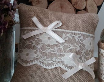 Customizable ring bearer pillow in linen with lace