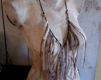 Hippie Dreamcatcher necklace with fringes with fibers and Ecru lace