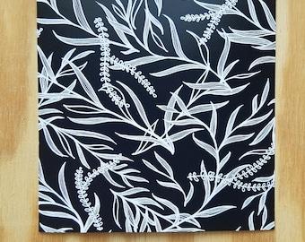hand-drawn black and white leaf / foliage print