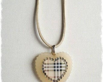 Resin necklace sweetheart