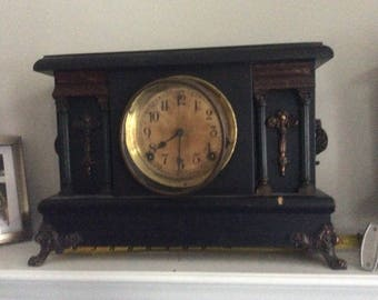 Antique Mantle winding clock with feet, sessions clock co