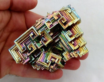 Rainbow Bismuth Crystal 260g Lab Grown Jewelry Display Specimen Educational Metaphysical Metal Healing Stone