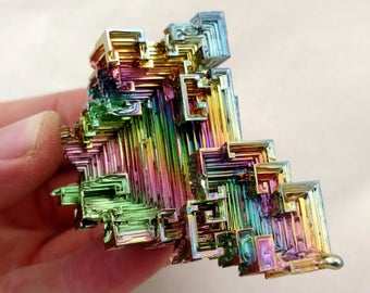 Rainbow Bismuth Crystal 106g Lab Grown Jewelry Display Specimen Educational Metaphysical Metal Healing Stone
