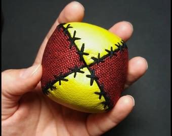 Jugglingballs, multicolor, adult size, balls, jugglers, jonglerie, circus, color, dexterity, vegan, leather, fabrics, fun, play