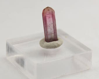 Hot pink tourmaline crystal from Brazil 1.0 ct