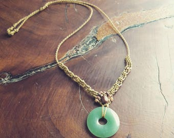 Macrame necklace with jade stone