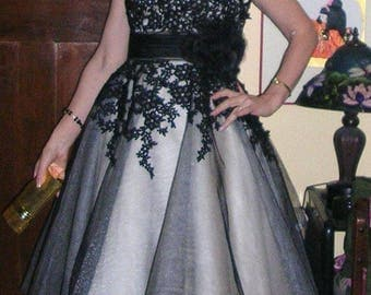 Vintage 1950's style made-2-order full-sweep black/silver drop-dead gorgeous bombshell + sash & corsage SIZE: SMALL