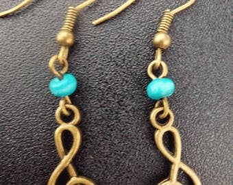 Dangle treble clef turquoise or beige