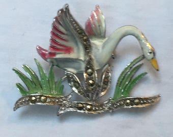 Vintage 1940s to 1950s enamel & marcasite swan brooch in good condition 3.8 x 3cm