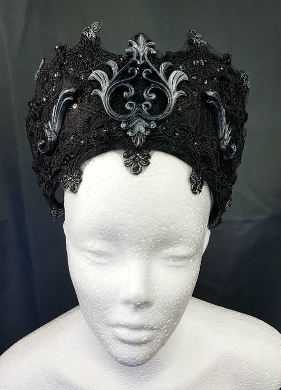 Baroque resin cameo Gothic Kokoshnik Baroque resin cameo Frenchhood noble Pailettenborte and tip MADE TO ORDER