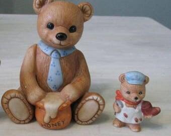 Vintage Homco Figurines  1405 Honey Bear  8820 Shoe Maker   535
