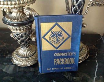 Cubmaster Packbook Boy Scouts of America (hardback)