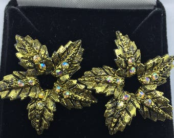 Vintage 1940/50s Gold-tone Star Earrings - converted from clip-on to pierced
