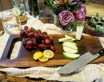 Live Edge Cutting Board and Serving Tray, Wedding Gift or Housewarming