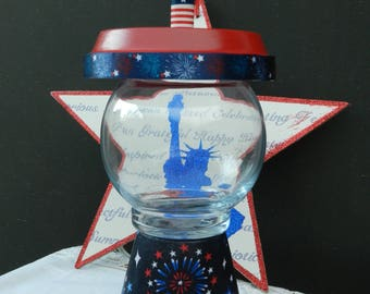 4th July - Faux Gumball - Patriotic - Americana - Home Decor - Clay Pot - Red - Blue - Candy Dish