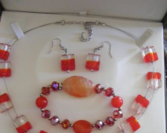 PRETTY NECKLACE & EARRING Set Plus Lovely Bracelet