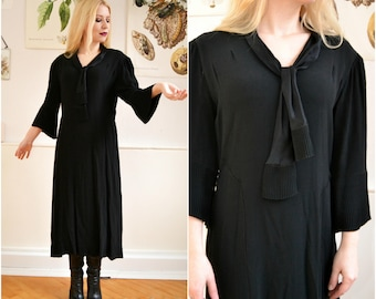Original Vintage Dress Gothic, very old, size 38, 1930, S, pleated Partydress